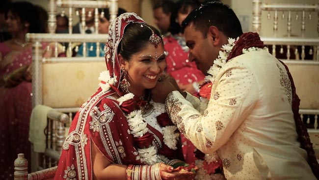 Asian Wedding Videographer Birmingham Hindu Cinematography
