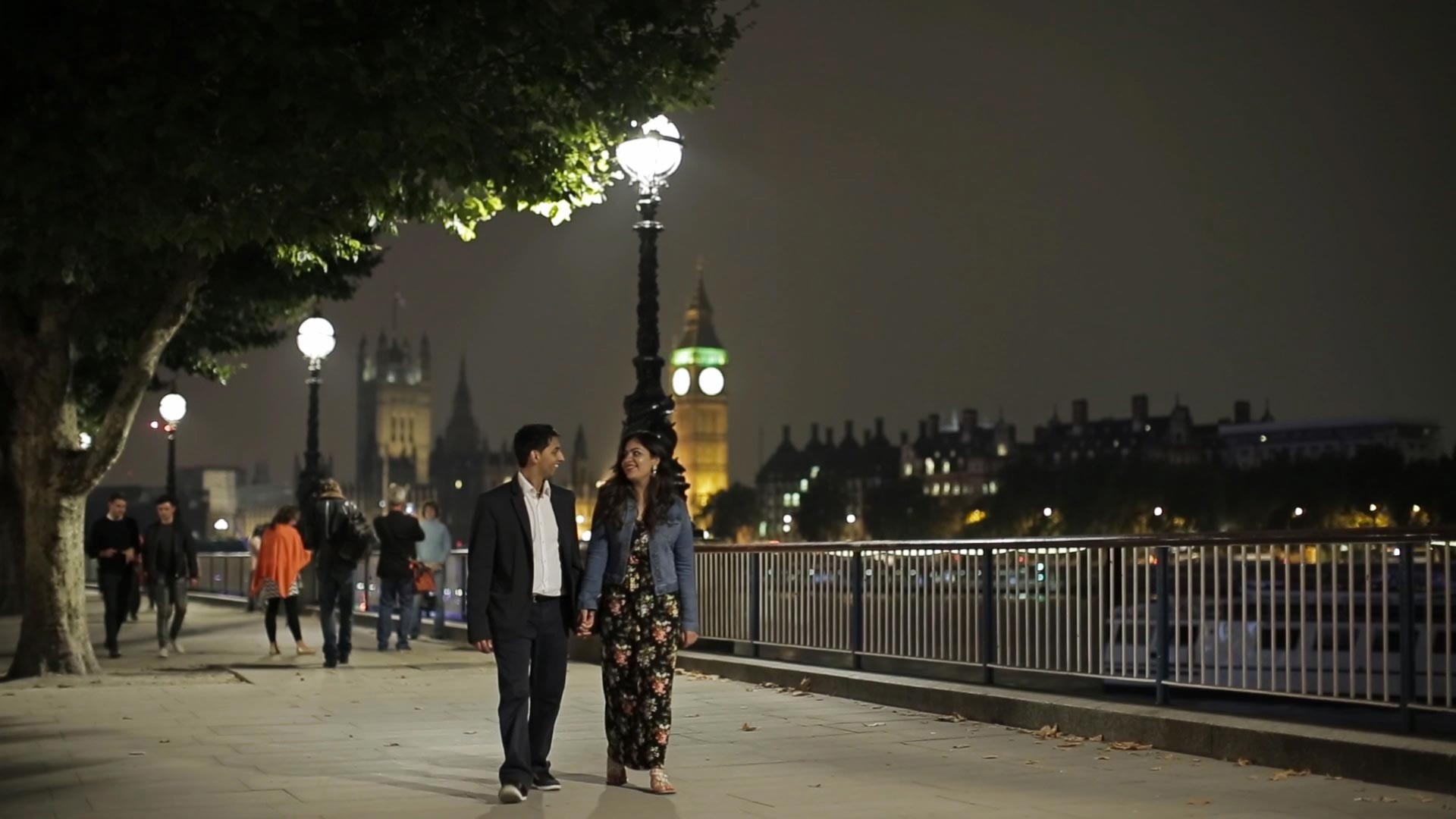 ENGAGEMENT CINEMATOGRAPHY. LONDON BY NIGHT